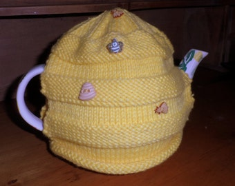Bee Hive Tea Cosy : 100% hand- knitted.