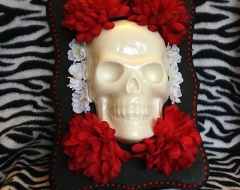 Large ceramic skull and flowers wall hanging art decor plaque pottery tattoo DOD day of the dead sugar