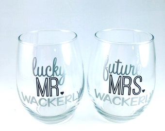 Engagement Gift - Personalized Couples Gift - Cute Engagement Glasses - Lucky Mr and Future Mrs - Bridal Shower Gift Ideas