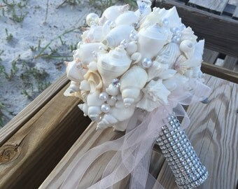 Xo bouquets seashell bouquet pictured in people online  wedding