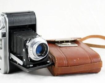 Vintage  Voigtländer camera Perkeo 1 Germany with case