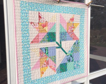 Tulip Baby Quilt/Wall Hanging