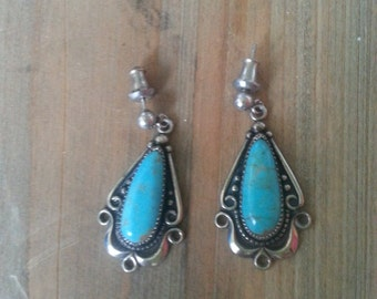 Vintage Navajo Genuine Turquoise Dangle Silver Earrings