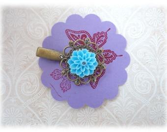 Sky Blue - Bobby pin hair clip Resin Dahlia light blue bronze ornament