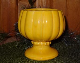 McCoy USA FLORALINE Vase / Ceramic Vase / Vintage McCoy / Floraline