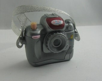 BABY BORN camera from Zapf Creation. Plastiskop, Plastikop, Gucki in the shape of a camera. Doll accessories. VINTAGE