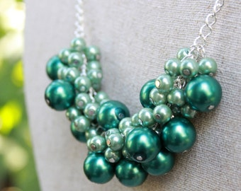 Mint & Pine Green Glass Pearl Necklace / Pearl Necklace / Mint Jewelry