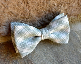 sage green Bow tie,  BowTie, sage green plaid bowties for kids,tie clip, mens bowtie,bow tie clip,clip on bow tie, kids bowtie, bow tie