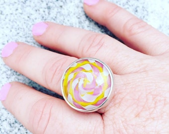 Lampwork Glass Cabochon Pink Twisty Ring - Sterling Silver - Size 8