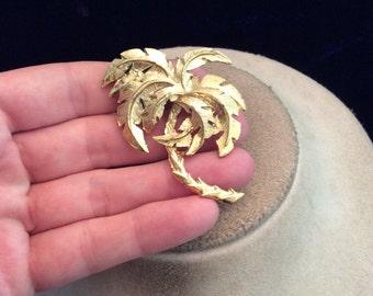Vintage Large 3D Goldtone Palm Tree Pin