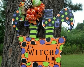 Halloween door hanger, Halloween wreath, Halloween witch door hanger, witch wreath, Halloween wreathThe Witch is in