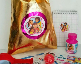Dora & Friends loot/party bag with 9 items inside, great value