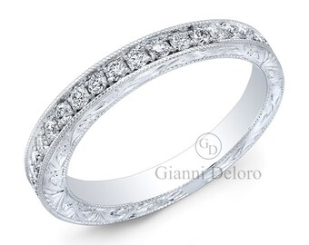 Women's Milgrain Wedding Band with Round Brilliant Diamonds