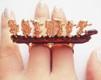 Seven dwarves ring