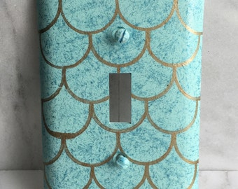Mermaid Scales Single Toggle Light Switch Plate Wallplate, Ocean Mist with Turquoise Sparkles and Gold Scales