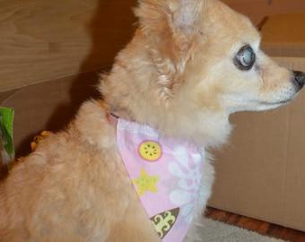 Pink cute Hawaii print pet on-collar bandana, dog bandana. cat bandana. collar bandana. Hawaiian print. Hawaiian fabric