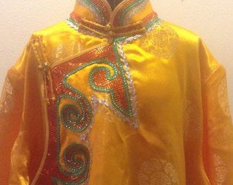 Vintage Plus size Kimono Chengosam silk or Rayon. Belted. 1980s