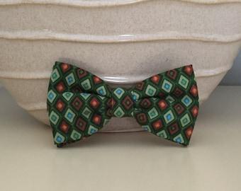 Dog Bow / Bow Tie - Diamond Pattern - Green Blue Rust Orange