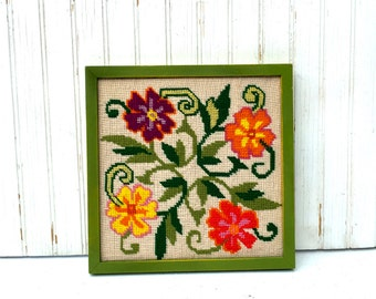 Vintage Needlepoint Framed Needlepoint, Retro Groovy Floral Needlepoint Picture