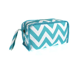 Prepacked maternity labor & delivery hospital toiletry or cosmetic bag - Chevron print