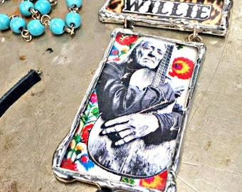 Willie necklace!