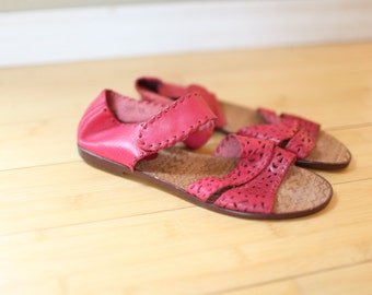 vintage woven strappy red / pink leather hurache sandals womens 9 *