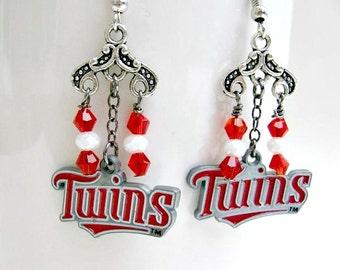 Minnesota Twins Earrings, Baseball Jewelry, Minnesota Twins Jewelry, Baseball Mom, Minnesota Twins Accessories, Team Jewelry, Sports Jewelry