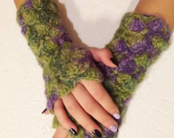 women fingerless gloves,women arm warmers Crocheted green purple Fingerless Half Gloves  crochet fingerless, women gift accessories