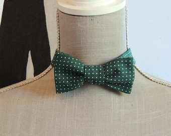 Bow Tie green polka dot cotton.