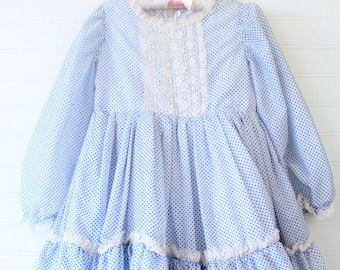 Vintage girls dress. Blue polka-dot with layers and lace trim, no name sz about 5