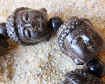 Fragrant Agar wood Carved Gautama Buddha Head Buddhist Prayer Bead Mala BraceletStyle