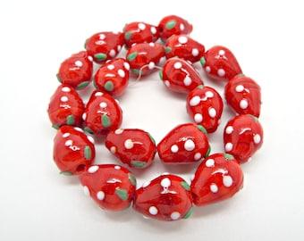 20 Strawberry Beads, Lampwork Glass, Glass Fruit Beads, Glass Strawberries, Lampwork Beads, 16mm Glass Beads, Strawberry Jewelry, UK Seller