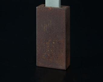 rust USB stick