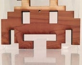 Atari cedar wood cut