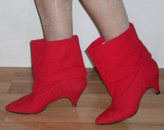 Tres Cool 1980s pixie boots w/ kitten heels, huge cuffs US 6 1/2 UK 4 1/2