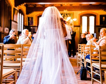 20% discount Wedding 2 Tier Cathedral  Crystal Rhinestones Bridal Veil with Blusher