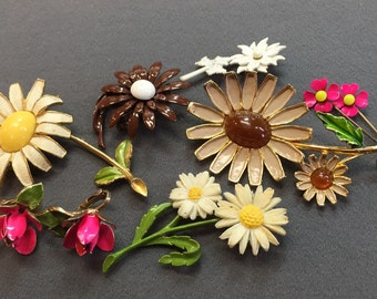 Collection of Flower Brooches And Earrings-Weiss,  Free shipping
