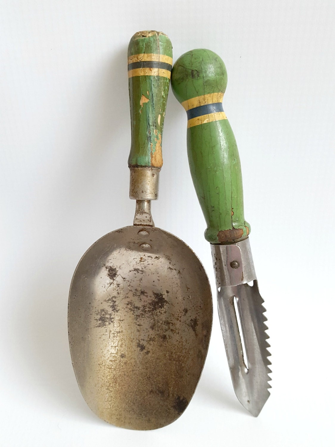 the greens kitchen tools vintage small kitchen gadgets tools chippy green wood 6057