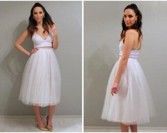 White tulle skirt, tulle skirt, wedding skirt, bridesmaids skirt, plus size tulle skirt, tea length tulle skirt, midi tulle skirt, skirt.