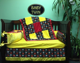 4pc Standard Crib Bedding Set - Mickey