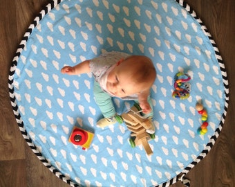 The STASHMAT, baby play mat and storage bag, toy bag, padded play mat for babies and children