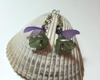 Green and purple flower earrings, acrylic flower earrings, dangly earrings, floral earrings, drop flower earrings, flower earrings