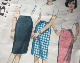 1970s Pencil Skirt, Butterick Pattern 3144 Slim Skirt,  Vintage Sewing Pattern, Large Size Waist 32ins