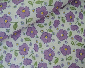 """Half Yard of 2015 Lecien Retro 30's Daisies Fabric in Purple. Approx. 18"""" x 44"""" Made in Japan"""