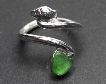 Gweder Plisk Tristan ring. Sea glass and cast sterling silver shell