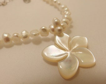 Freshwater Pearl Necklace With Carved Shell Flower Pendant Necklace