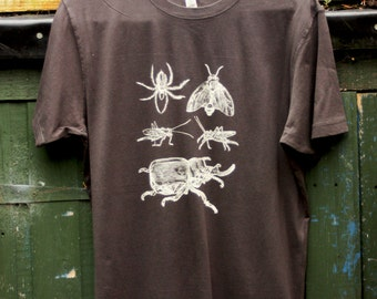 Insects Bugs Mens Organic Cotton Screen Printed T-Shirt in Vintage Charcoal