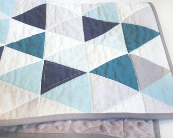 Hamptons Triangles Crib Quilt // ocean // baby  bedding