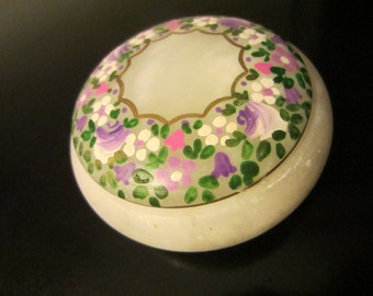Italian Hand Carved Floral Alabaster Round Jewelry Box By Rossi Volterra Italy
