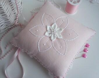 pincushion,pincushions,pink pincushion,linen pincushion,linen and lace pink pincushion,embroidered pincushion,manchester,quilted pincushion